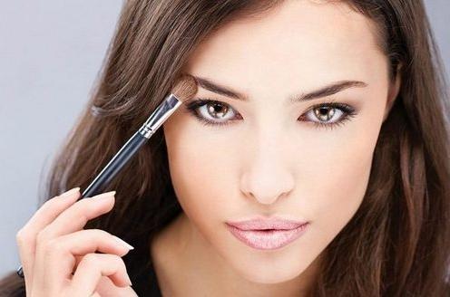 Особенности макияжа для шатенок